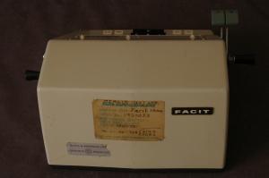 Facit Model 1004 mechanical pinwheel calculator