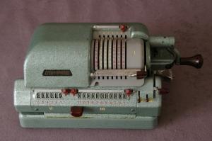 Triumphator Model KN Mechanical Pinwheel Calculator