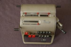 Precisa Model 117 Mechanical Calculator Swiss Made